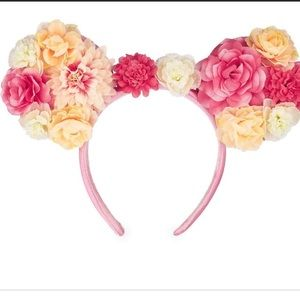 NWT- Disney Minnie Flower Ears